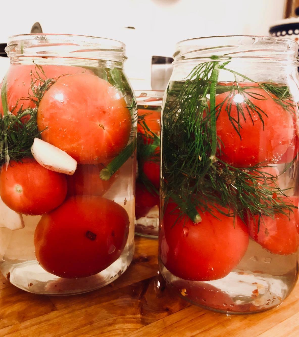 Kiszone czerwone pomidory