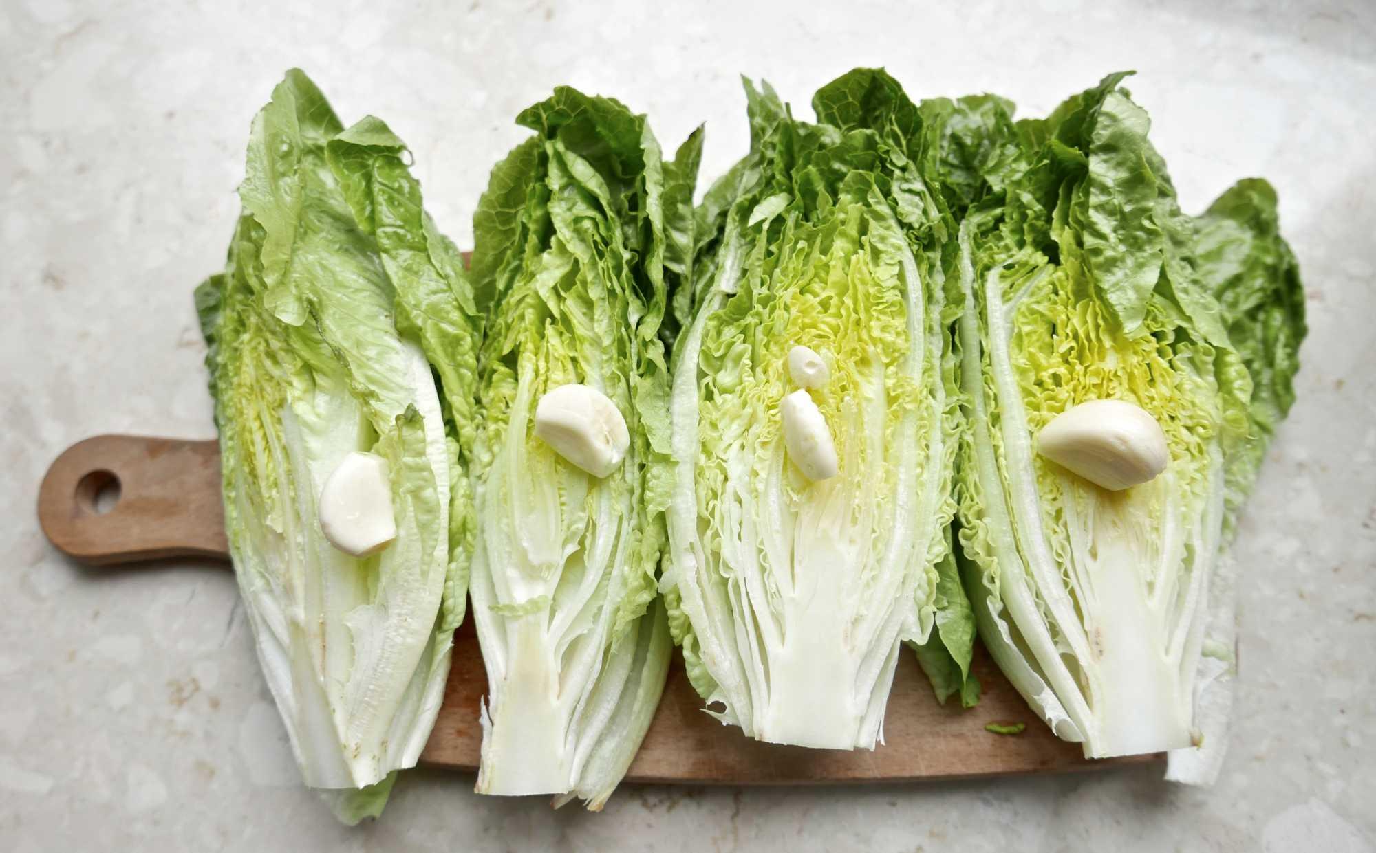 Smażona sałata rzymska