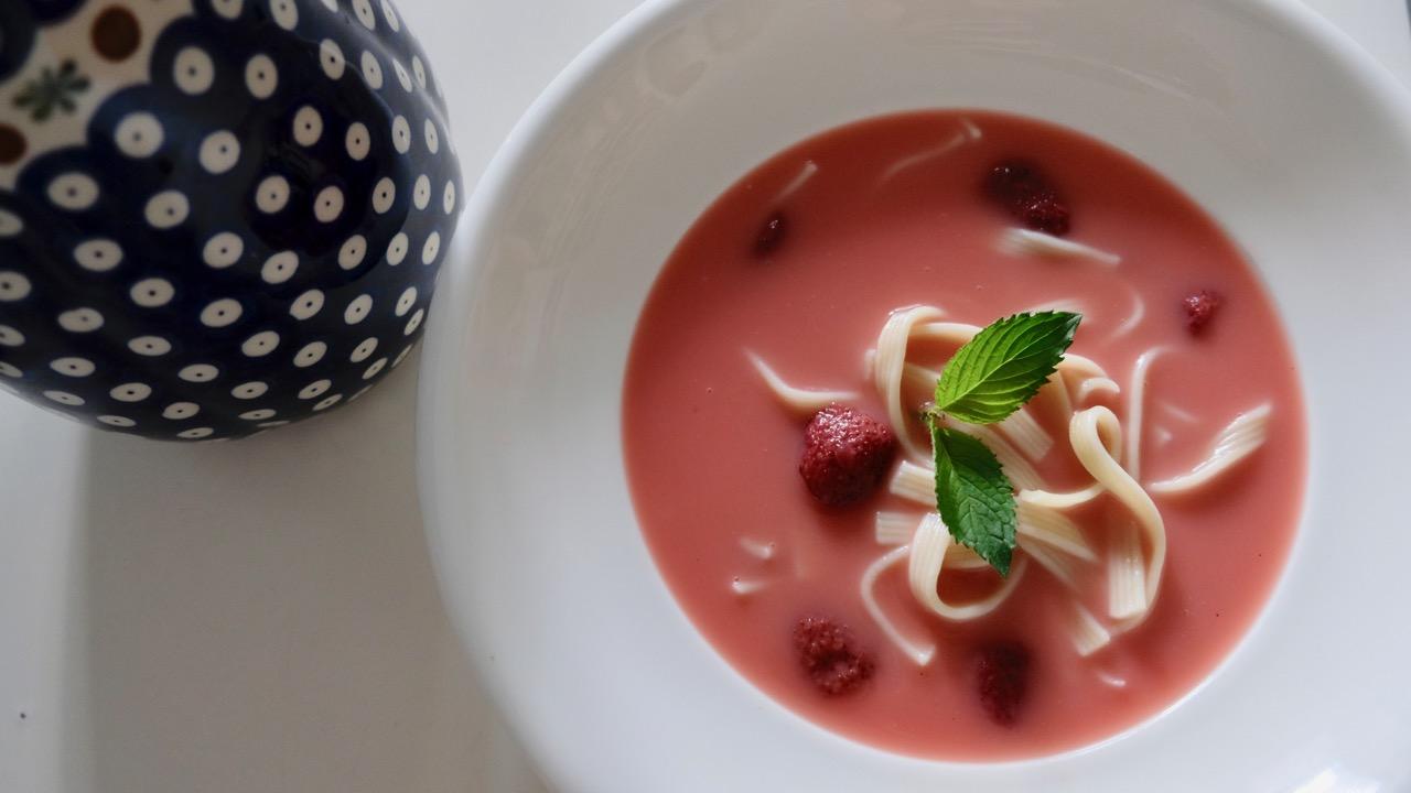 Zupa owocowa truskawkowa nazimno