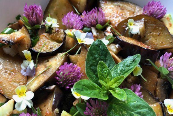 bakłażan z kwiatami